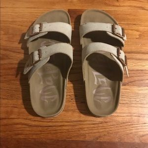 Shoes - Women's Strapped Sandals